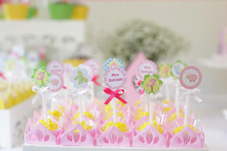 decoracao de bolas tema jardim encantado:Decoração de batizado: Jardim Encantado – Maternidade Colorida