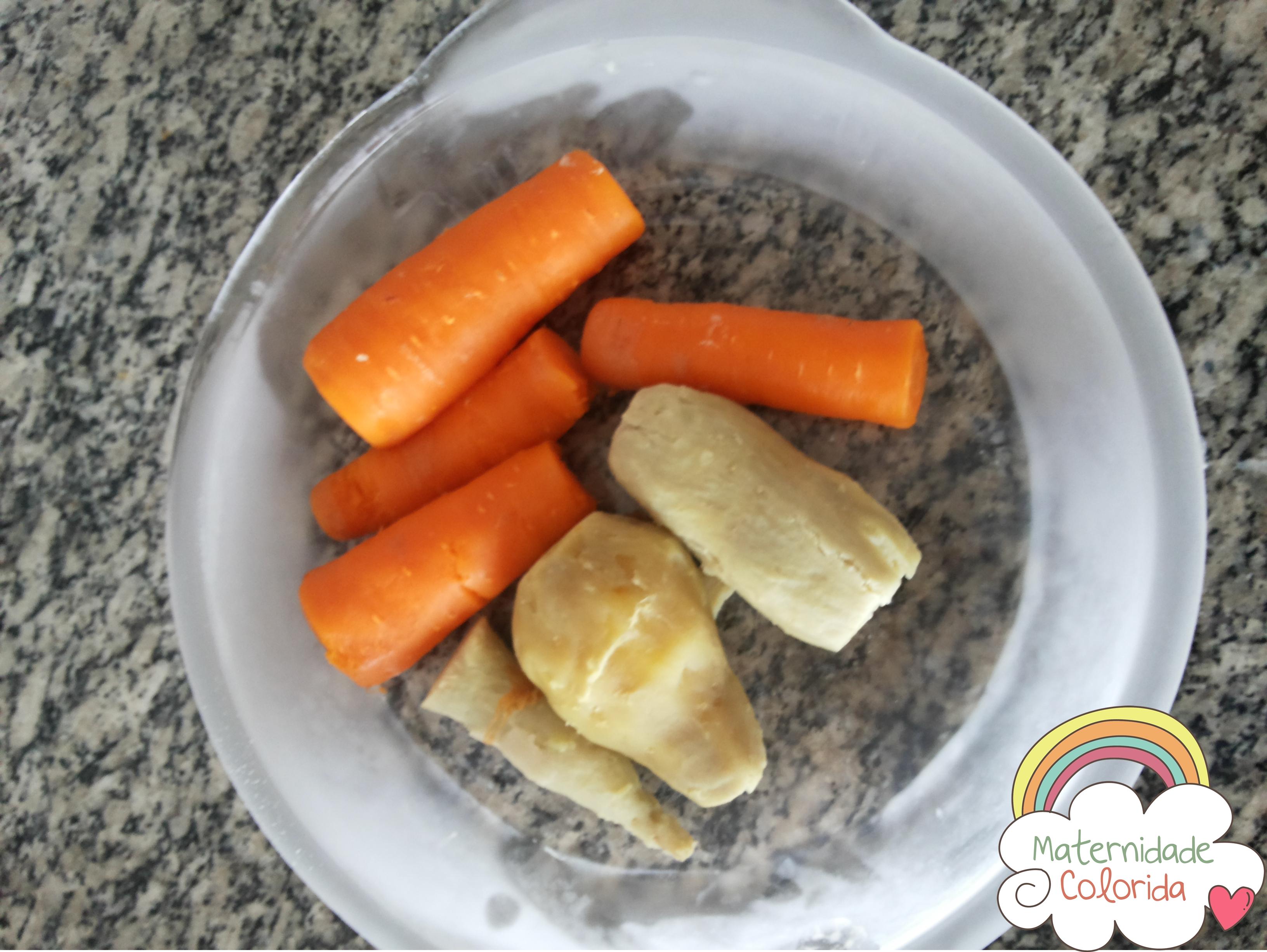batata doce e cenoura rostie recheada com queijo