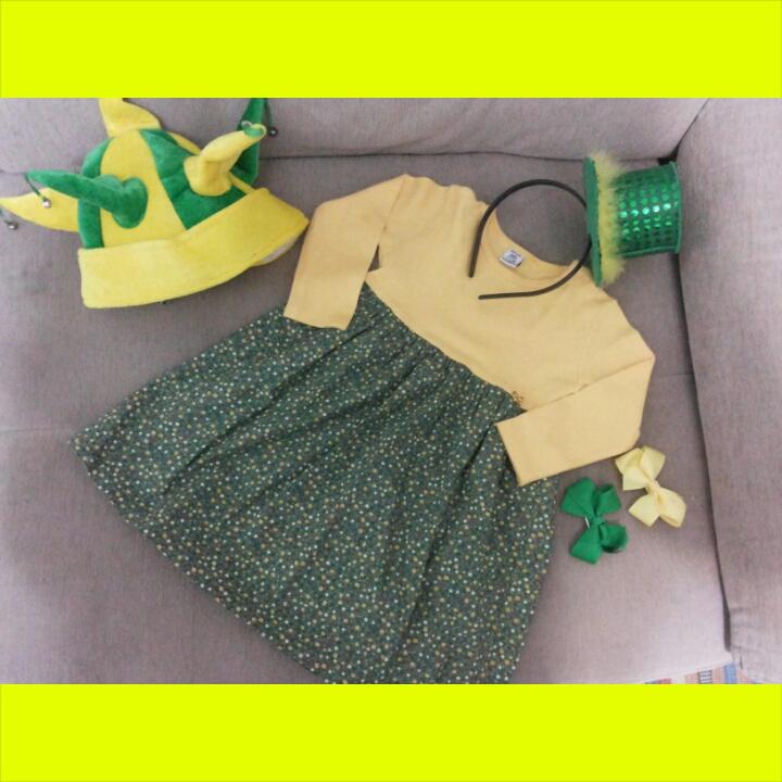 Vestido BabyClub, Chapéu e tiara 25 de março e laços lojinha lookbebê