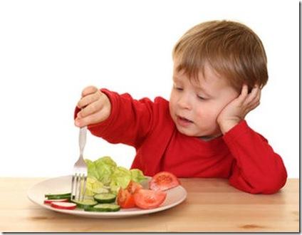 Ele não come nada de verduras, legumes e frutas ou só algumas? Perceba isso no dia a dia e pra descobrir, só colocando no prato e oferecendo. Imagem Pinterest