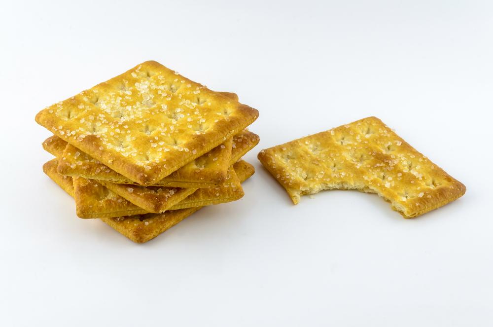 Você sabe escolher o biscoito salgado ideal para a criança?