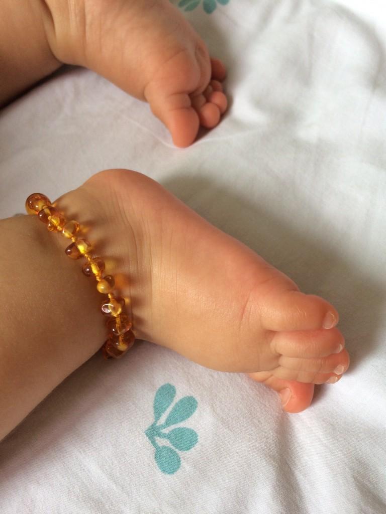 Fofura de tornozeleira da Lithu Âmbar