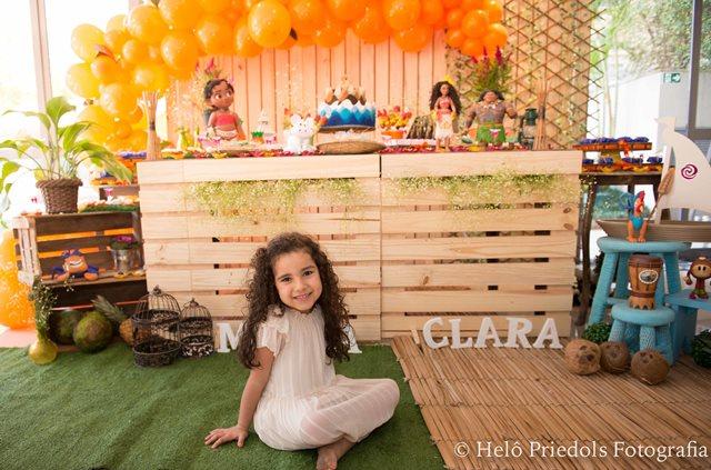 Festa infantil tema Moana: Clara faz 5